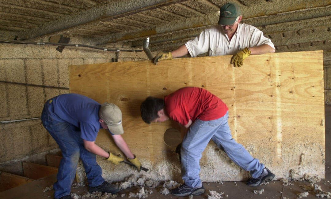 Spray foam insulation – Why you need to Hire a Professional